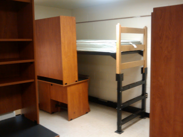 William Amp Mary Dorm Room Photo Gallery Bedlofts